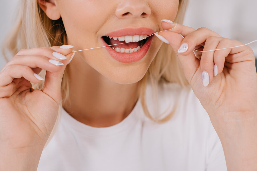 Top 5 Reasons to Floss
